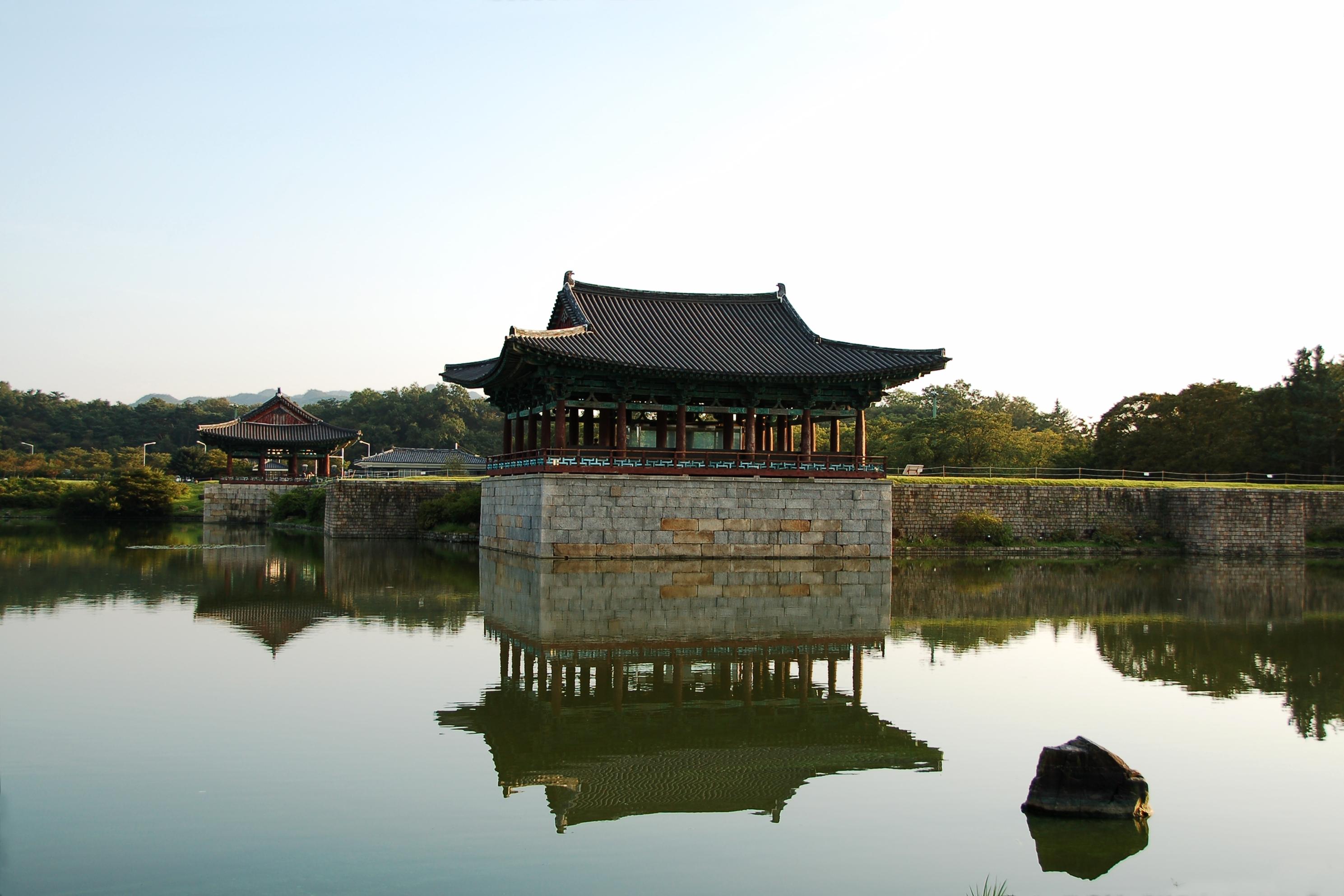Anapji_Pond-Gyeongju-Korea-2006-09